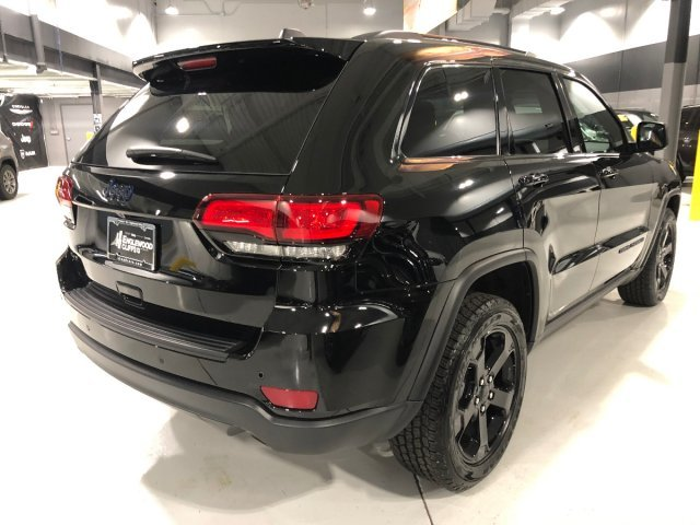 2019 Diamond Black Crystal Pearlcoat Jeep Grand Cherokee Upland 4 Door Automatic Regular Unleaded V-6 3.6 L/220 Engine
