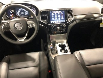 2019 Jeep Grand Cherokee Limited 4 Door Automatic Regular Unleaded V-8 5.7 L/345 Engine