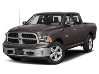 2019 Brilliant Black Crystal Pearlcoat Ram 1500 Classic Lone Star Silver Automatic 4 Door Truck Regular Unleaded V-8 5.7 L/345 Engine