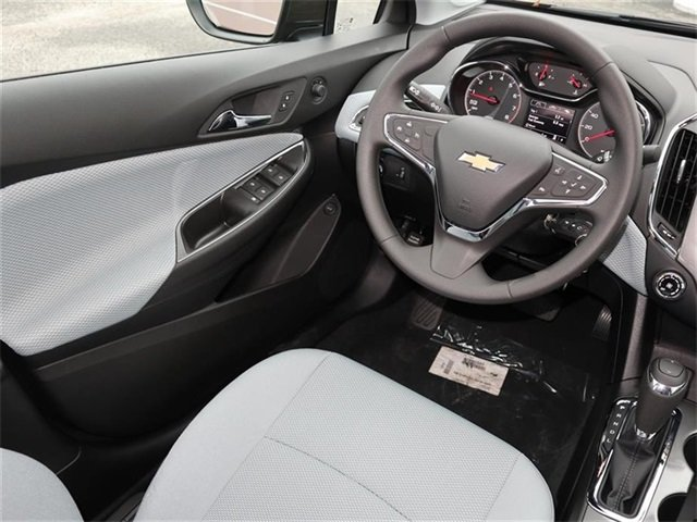 2019 Oakwood Metallic Chevy Cruze LS Sedan FWD Automatic 4 Door