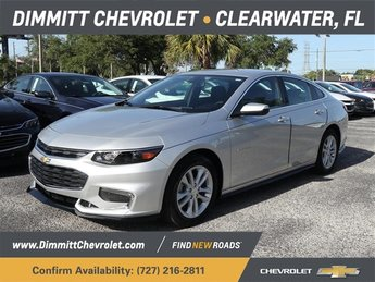 2018 Silver Ice Metallic Chevrolet Malibu LT FWD 4 Door 1.5L DOHC Engine