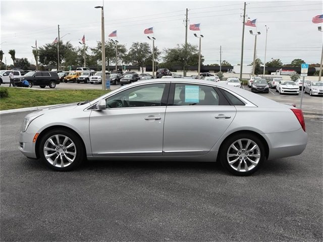 2016 Radiant Silver Metallic Cadillac XTS Luxury Collection AWD 3.6L V6 DGI DOHC VVT Engine Sedan Automatic