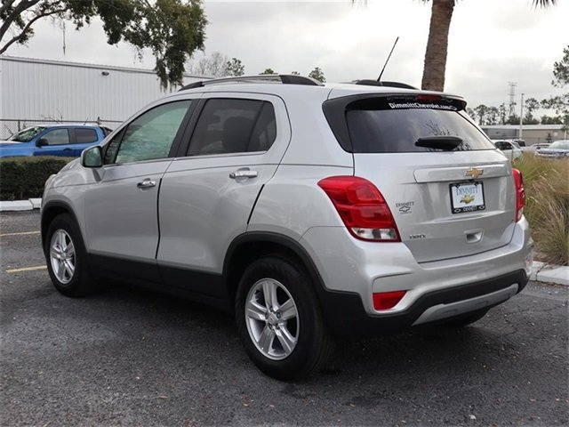 2019 Silver Ice Metallic Chevy Trax LT SUV ECOTEC 1.4L I4 SMPI DOHC Turbocharged VVT Engine 4 Door