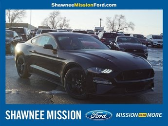 2019 Shadow Black Ford Mustang GT 2 Door Manual Coupe RWD