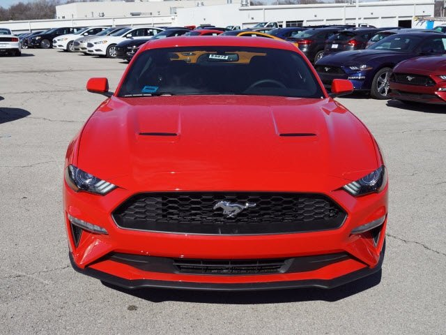 2018 Ford Mustang EcoBoost EcoBoost 2.3L I4 GTDi DOHC Turbocharged VCT Engine Coupe RWD 2 Door Automatic