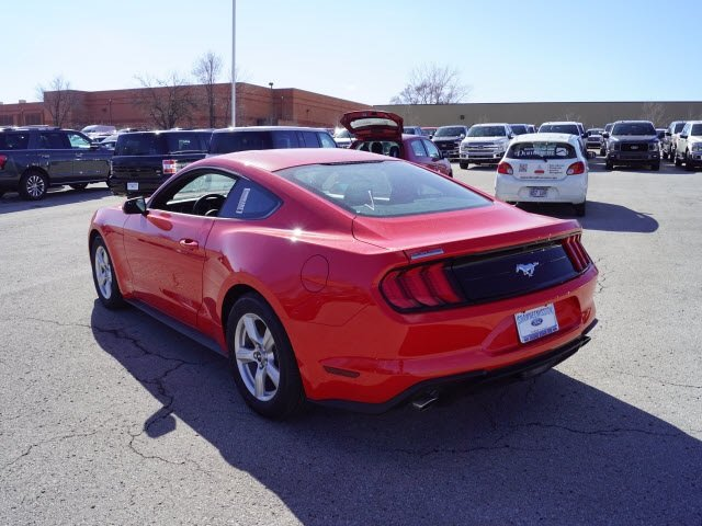 2018 Race Red Ford Mustang EcoBoost EcoBoost 2.3L I4 GTDi DOHC Turbocharged VCT Engine RWD Automatic