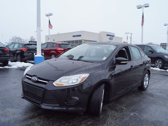 2014 Special Ford Focus SE Manual 4 Door 2.0L 4-Cylinder DGI DOHC Engine FWD