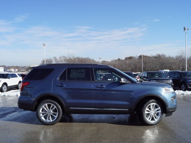 2019 Blue Metallic Ford Explorer XLT 3.5L V6 Ti-VCT Engine Automatic SUV 4 Door