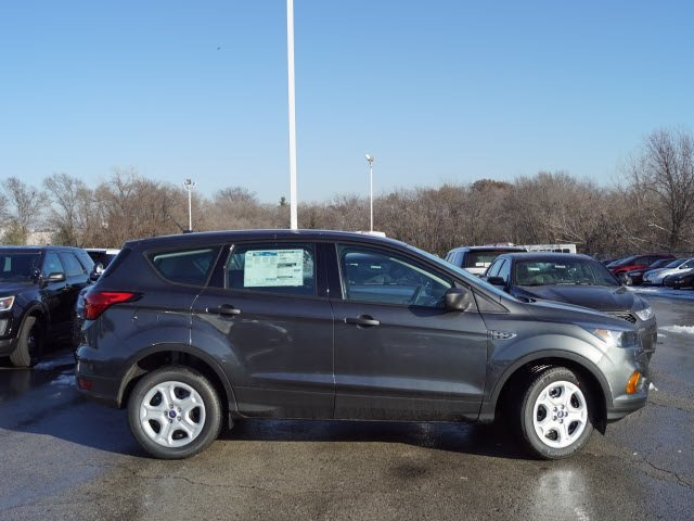 2019 Ford Escape S SUV FWD 4 Door 2.5L iVCT Engine