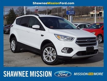 2017 White Ford Escape SE Automatic 4X4 SUV EcoBoost 1.5L I4 GTDi DOHC Turbocharged VCT Engine 4 Door