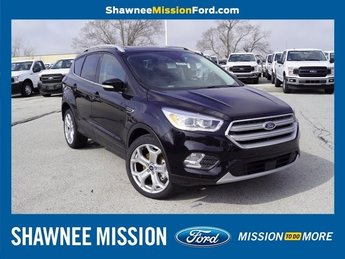 2019 Agate Black Metallic Ford Escape Titanium SUV EcoBoost 2.0L I4 GTDi DOHC Turbocharged VCT Engine 4X4