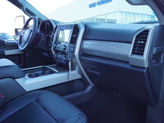 2019 Blue Jeans Metallic Ford Super Duty F-250 SRW Lariat Truck 4X4 4 Door