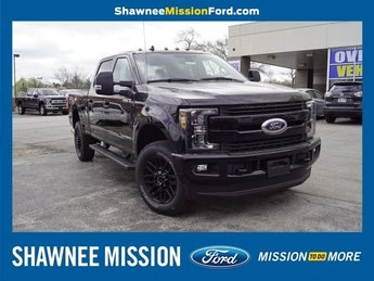 2019 Ford Super Duty F-350 SRW Lariat Automatic Truck Power Stroke 6.7L V8 DI 32V OHV Turbodiesel Engine 4 Door
