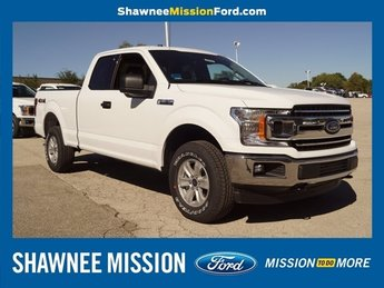 2018 Oxford White Ford F-150 XLT 4 Door 5.0L V8 Ti-VCT Engine Automatic