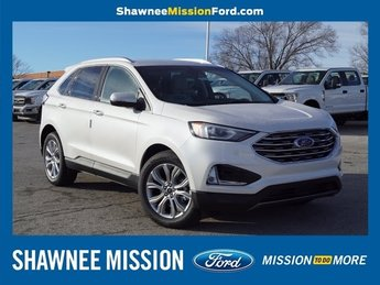 2019 Ford Edge Titanium SUV FWD 4 Door 2.0L Engine