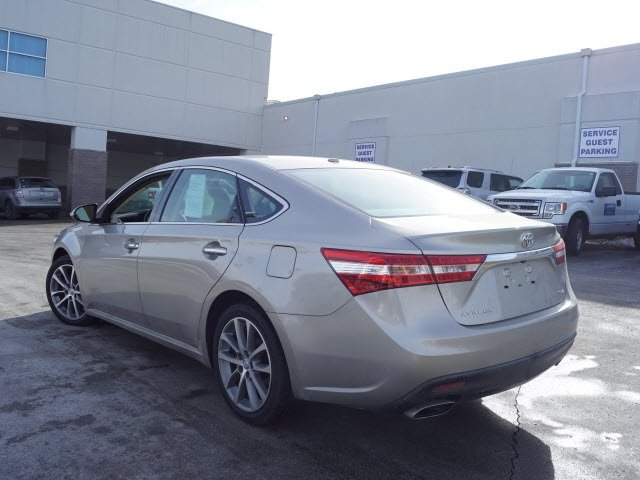 2015 Gold Toyota Avalon 4 Door Sedan FWD