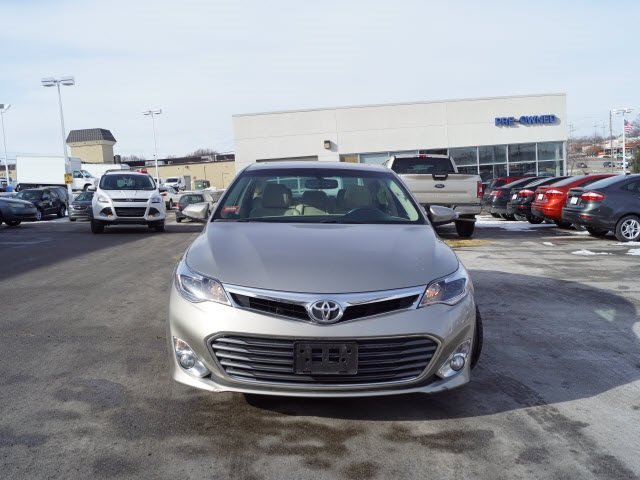 2015 Gold Toyota Avalon FWD 4 Door Automatic Sedan
