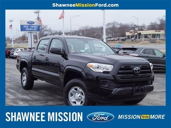 2018 Midnight Black Metallic Toyota Tacoma Automatic Truck 4X4 4 Door V6 Engine