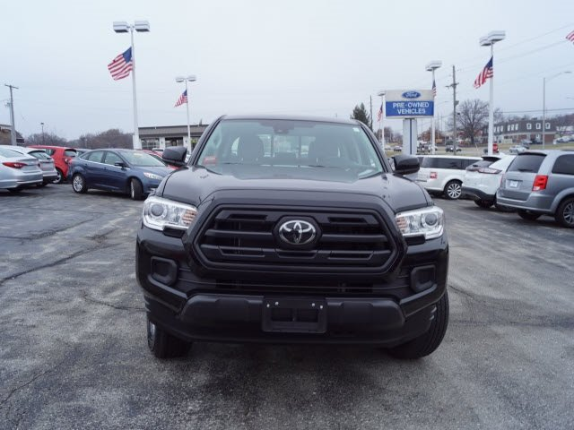 2018 Midnight Black Metallic Toyota Tacoma Automatic 4X4 Truck 4 Door V6 Engine
