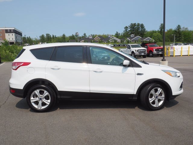 2015 Ford Escape SE Intercooled Turbo Regular Unleaded I-4 1.6 L/98 Engine 4 Door SUV 4X4