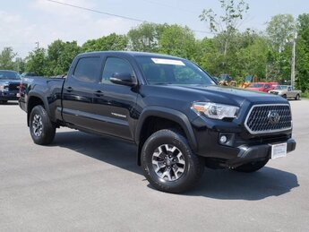 2018 Midnight Black Metallic Toyota Tacoma TRD Off Road Truck 3.5L V6 Engine Automatic