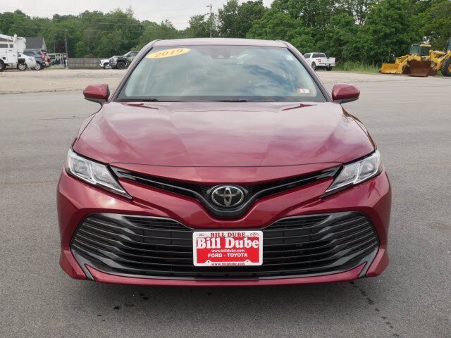 2019 Ruby Flare Pearl Toyota Camry LE 2.5L 4 cyls Engine 4 Door Automatic Sedan
