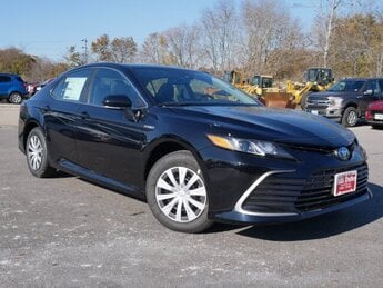 2021 Midnight Black Metallic Toyota Camry Hybrid Hybrid LE Car 4 Door Automatic (CVT) FWD 2.5L 4 cyls Hybrid Engine