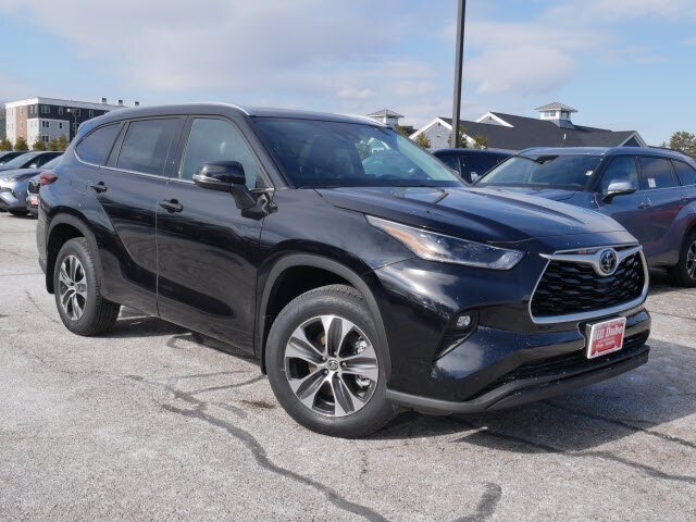 2021 Toyota Highlander XLE AWD Regular Unleaded V-6 3.5 L/211 Engine 4 Door