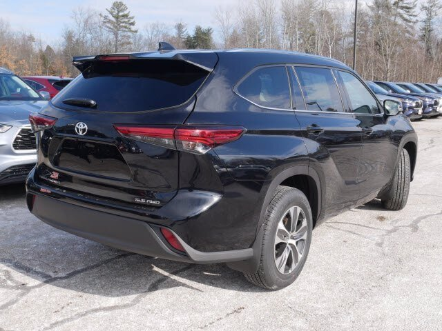 2021 Toyota Highlander XLE AWD SUV Automatic Regular Unleaded V-6 3.5 L/211 Engine 4 Door