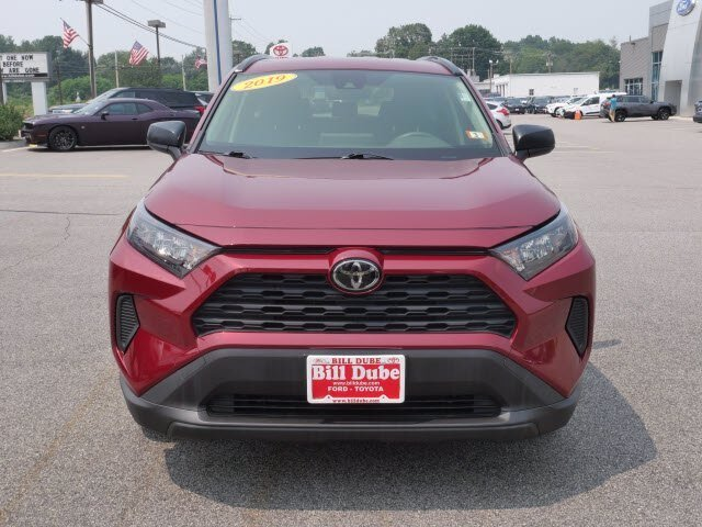 2019 Red Toyota RAV4 LE 2.5L 4 cyls Engine 4 Door AWD Automatic