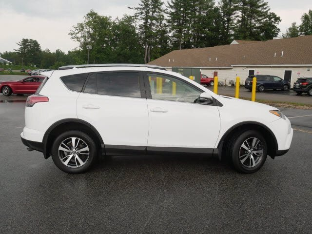 2016 Super White Toyota RAV4 XLE Automatic AWD 4 Door 2.5L 4 cyls Engine SUV