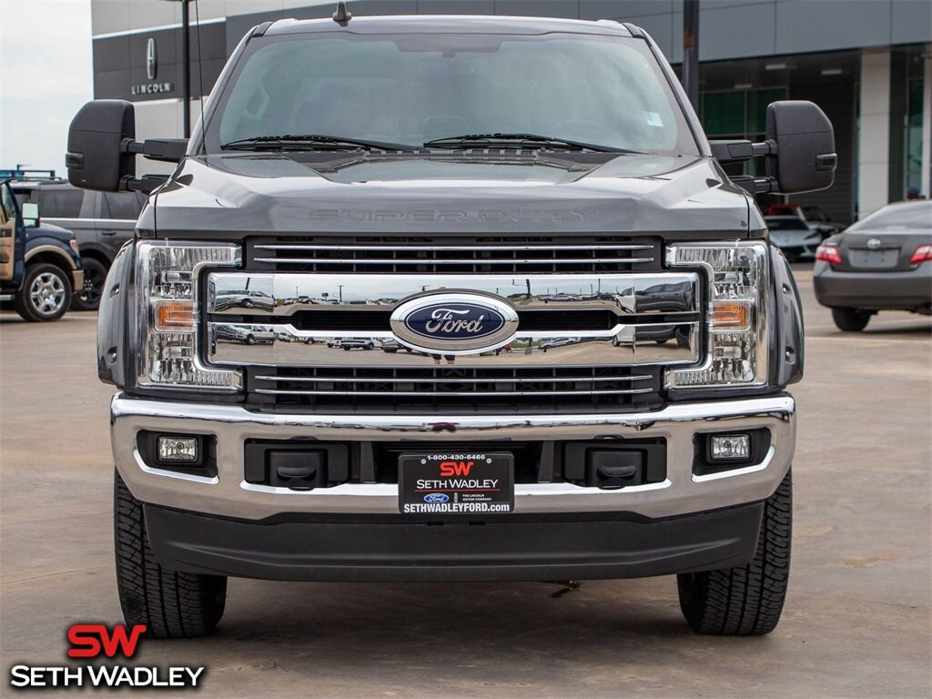 2019 Magnetic Metallic Ford Super Duty F-250 SRW Lariat Truck Automatic 4X4 4 Door Power Stroke 6.7L V8 DI 32V OHV Turbodiesel Engine