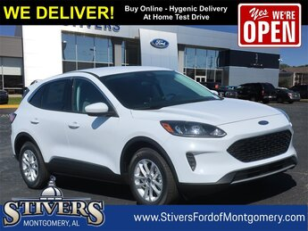 2021 Oxford White Ford Escape SE FWD 1.5L EcoBoost Engine 4 Door SUV