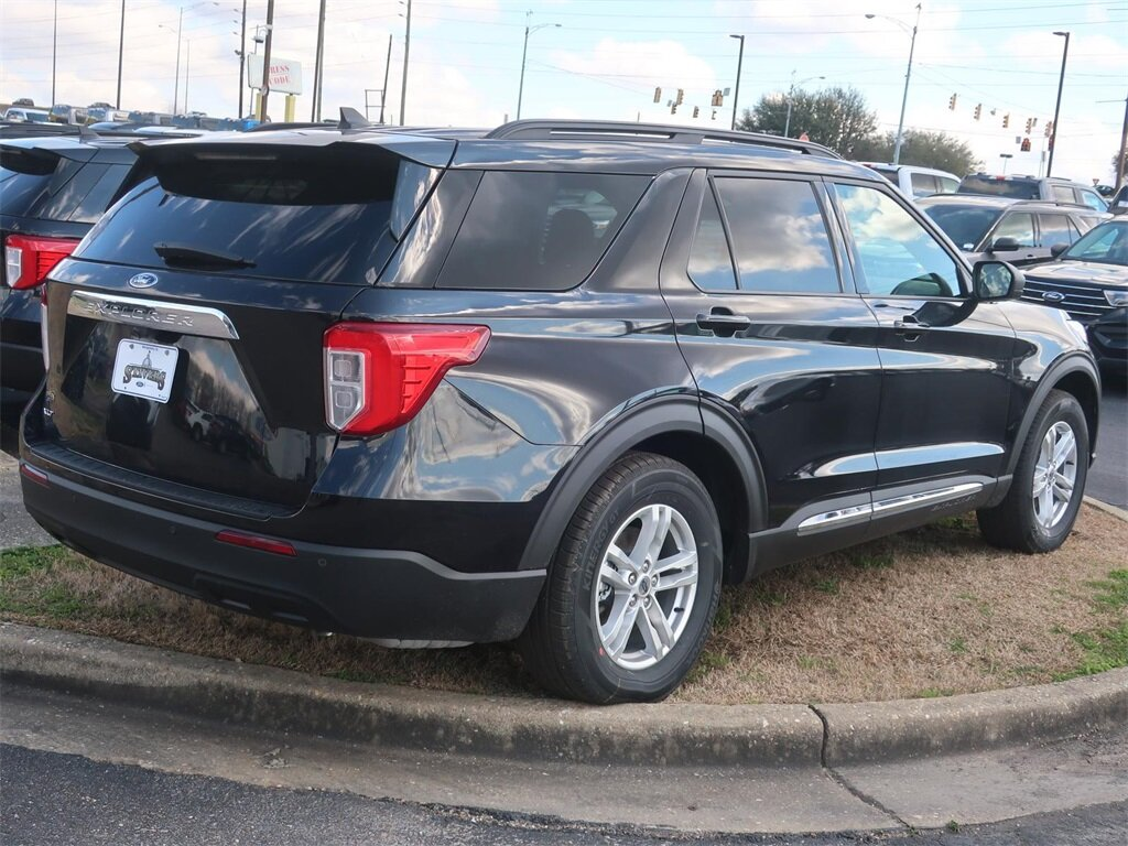 2021 Ford Explorer XLT EcoBoost 2.3L I4 GTDi DOHC Turbocharged VCT Engine RWD Automatic SUV 4 Door