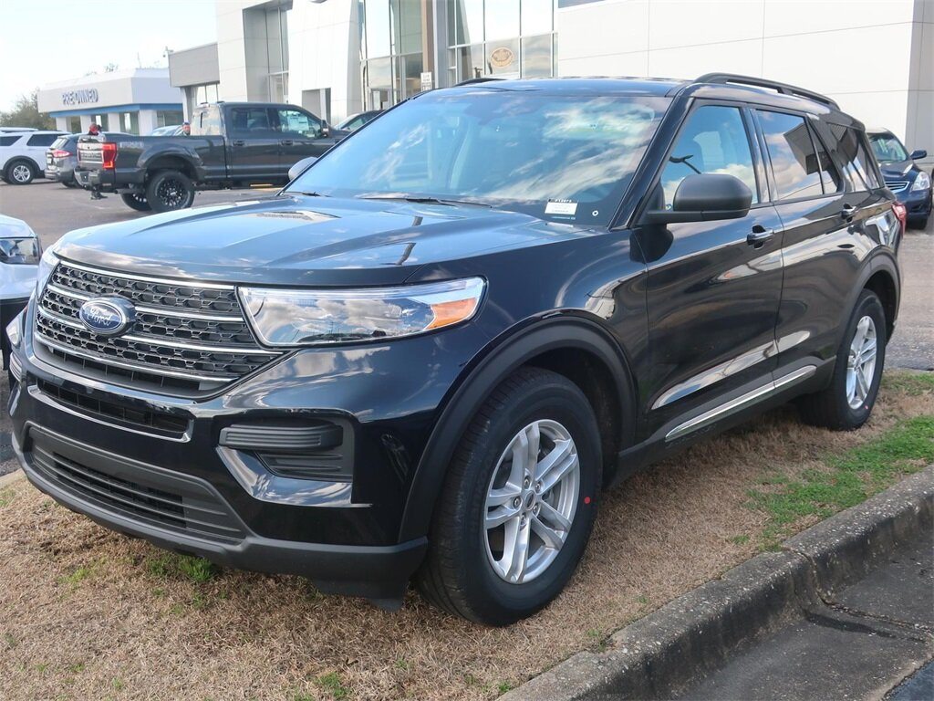 2021 Agate Black Metallic Ford Explorer XLT 2.3L EcoBoost I-4 Engine Automatic RWD 4 Door SUV