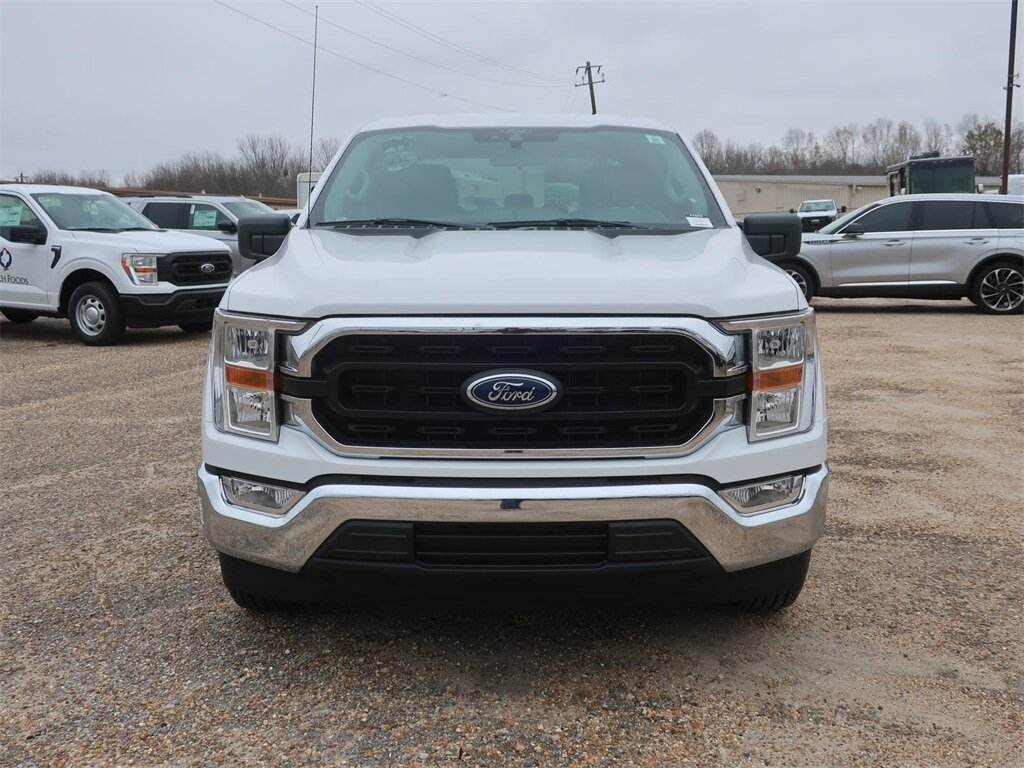 2021 Oxford White Ford F-150 XLT Automatic 3.3L V6 Engine Truck 4 Door RWD