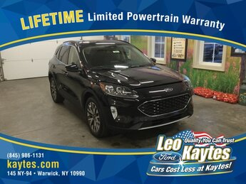 2020 Agate Black Metallic Ford Escape Titanium 4 Door SUV Automatic