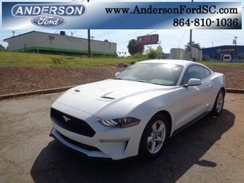 2018 Oxford White Ford Mustang EcoBoost RWD 2 Door EcoBoost 2.3L I4 GTDi DOHC Turbocharged VCT Engine