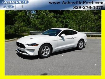 2018 Oxford White Ford Mustang EcoBoost 2 Door EcoBoost 2.3L I4 GTDi DOHC Turbocharged VCT Engine Coupe