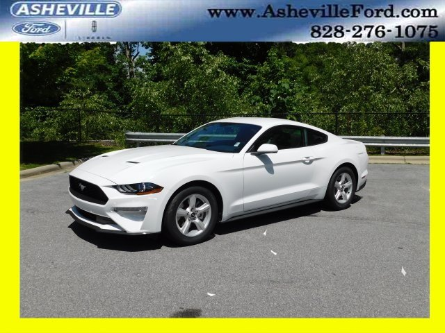 2018 Oxford White Ford Mustang EcoBoost 2 Door Coupe EcoBoost 2.3L I4 GTDi DOHC Turbocharged VCT Engine RWD