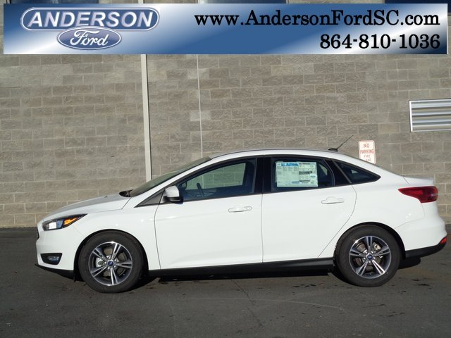 2018 Oxford White Ford Focus SE Automatic 4 Door EcoBoost 1.0L I3 GTDi DOHC Turbocharged VCT Engine Sedan