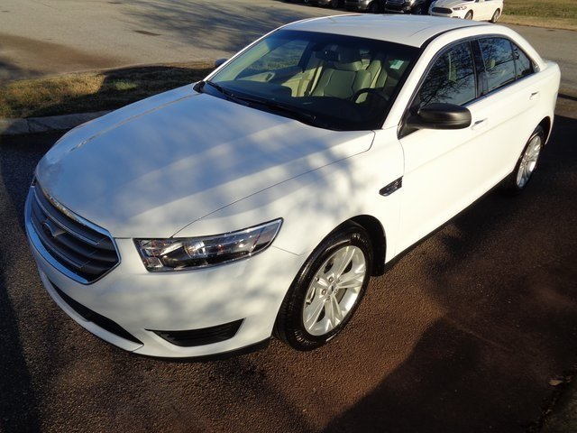 2019 Ford Taurus SE FWD Sedan 3.5L V6 Ti-VCT Engine 4 Door
