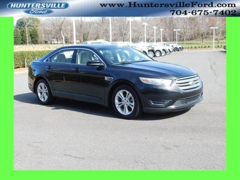 2014 Tuxedo Black Metallic Ford Taurus SEL FWD Automatic Sedan 4 Door