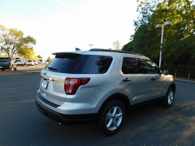 2019 Ingot Silver Metallic Ford Explorer Base FWD Automatic SUV 4 Door