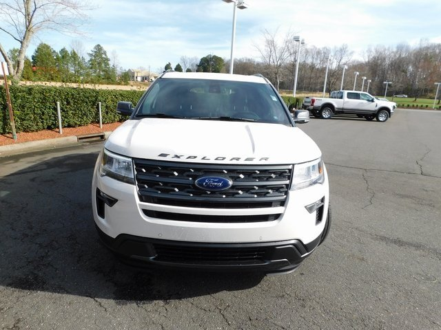 2019 White Ford Explorer XLT FWD SUV 3.5L V6 Ti-VCT Engine 4 Door Automatic