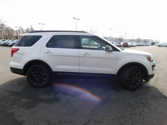 2019 White Ford Explorer XLT SUV Automatic 3.5L V6 Ti-VCT Engine FWD 4 Door