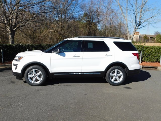 2019 Oxford White Ford Explorer XLT FWD 3.5L V6 Ti-VCT Engine Automatic SUV 4 Door