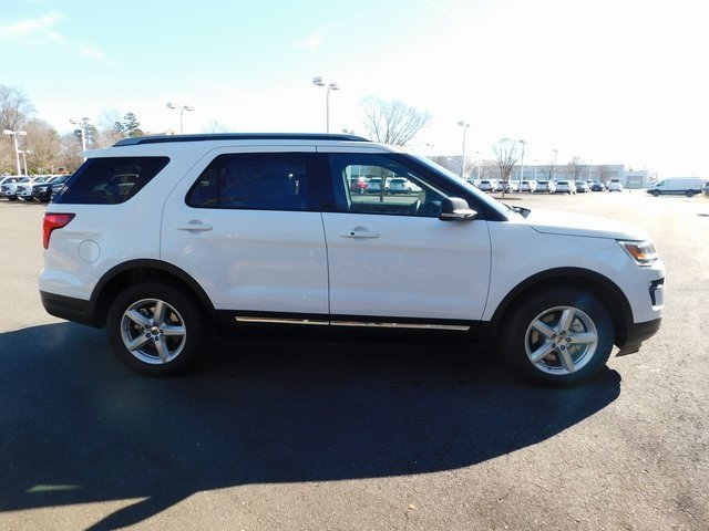 2019 Oxford White Ford Explorer XLT 4 Door SUV Automatic FWD 3.5L V6 Ti-VCT Engine