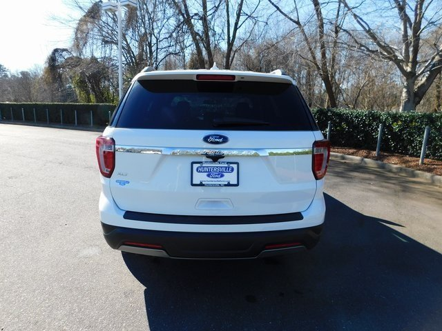 2019 Oxford White Ford Explorer XLT FWD 3.5L V6 Ti-VCT Engine SUV 4 Door