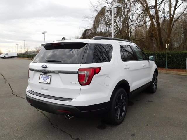 2019 Oxford White Ford Explorer XLT 4 Door 3.5L V6 Ti-VCT Engine 4X4 SUV Automatic